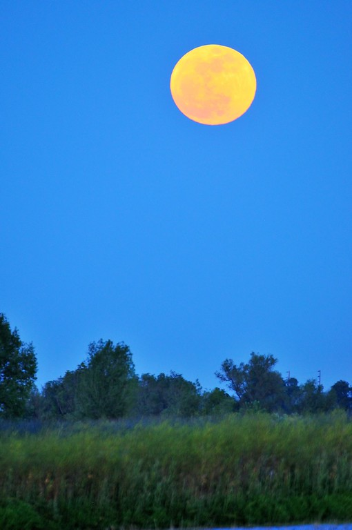 SuperMoon2-5-4-2012-XL.jpg